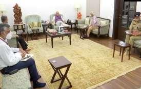 केंद्रीय गृह मंत्री अमित शाह के आवास पर बीजापुर (छत्तीसगढ़) में सुरक्षाकर्मियों और नक्सलियों के बीच - India TV Hindi