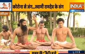 युवा तेजी से हो रहे है हैं बीपी- ब्लड प्रेशर और हार्ट अटैक जैसी समस्याओं का शिकार, स्वामी रामदेव से - India TV Hindi