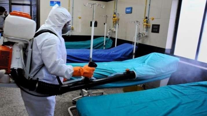 कोरोना वायरस के मरीज ने कहा- अस्पताल में मुझे लाश के साथ रखा गया, प्रशासन का इनकार