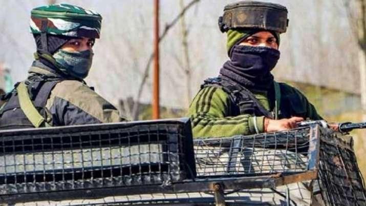 जम्मू कश्मीर: शोपियां जिले में एन्काउंटर में दो आतंकवादी ढेर