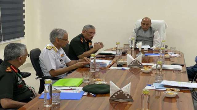 Rajnath Singh Hold Meeting With Top Military Brass After 3 Soldiers Killed In Ladakh Face-off- India TV Hindi