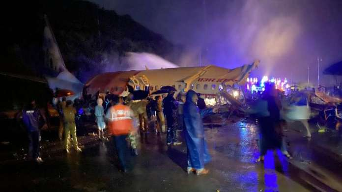 Death toll in Kerala plane crash rises to 19, more than 15 passengers in very critical condition- India TV Hindi