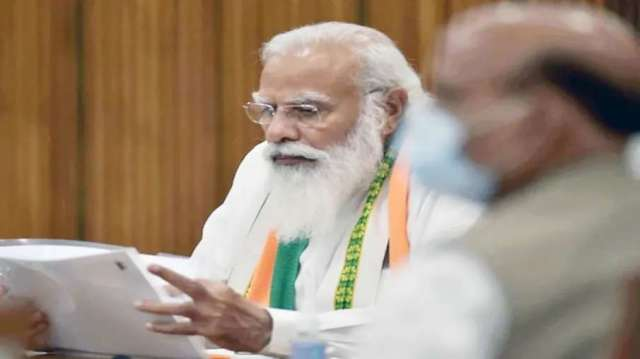 PM Modi chairs high-level COVID-19 review meeting, discusses vaccination status in the country- India TV Hindi