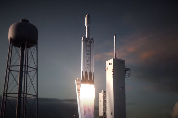 SpaceX now targets Friday for Falcon Heavy rocket launch