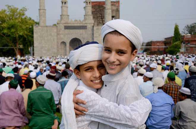 Islamic Quotes In Hindi Wallpapers When Is Eid 2019 Happy Eid Ul Fitr Eid Mubarak 2019