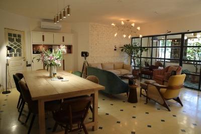 India Tv - Picture of Alia Bhatt's new office 'Eternal Sunshine'