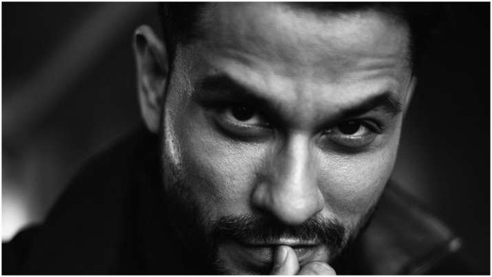 Lootcase: Kunal Kemmu over-the-moon on getting praised by father