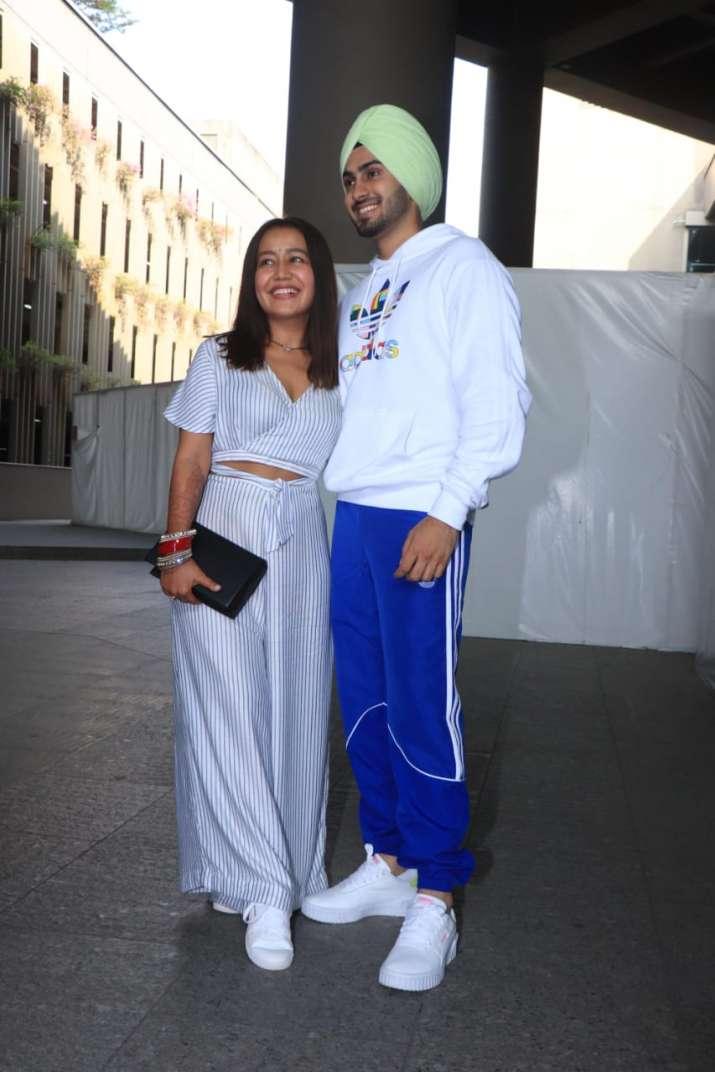 India Tv - Neha and Rohanpreet returned Mumbai with family