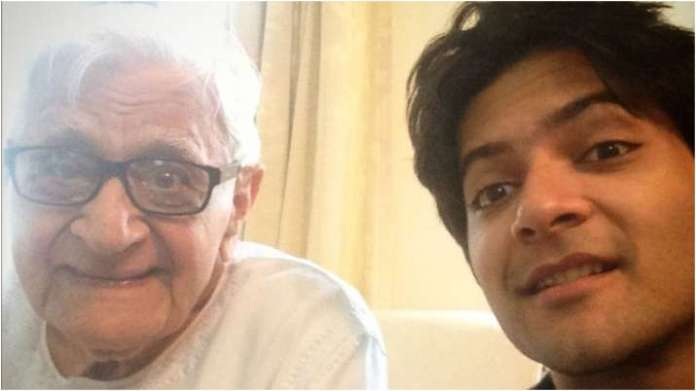 Ali Fazal's grandfather passes away, actor says movie references don't come in handy when dealing with grief   Latest News Live   Find the all top headlines, breaking news for free online April 25, 2021