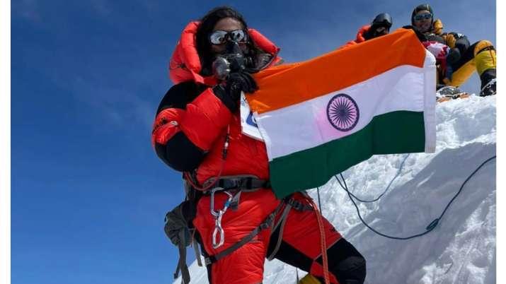 Priyanka Mohite scales Mt Annapurna