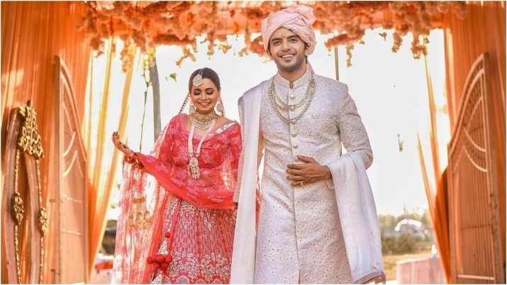 Vikram Singh Chauhan of Yehh Jadu Hai Jinn Ka! marries girlfriend Sneha Shukla in small intimate ceremony
