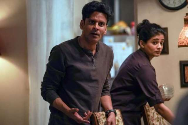 India Tv - 5 times Srikant Tiwari from 'The Family Man' reminded you of your own dad