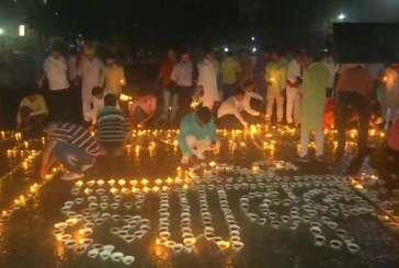 PM Modi's 71st Birthday: Varanasi people light 71,000 diyas, offer special prayers