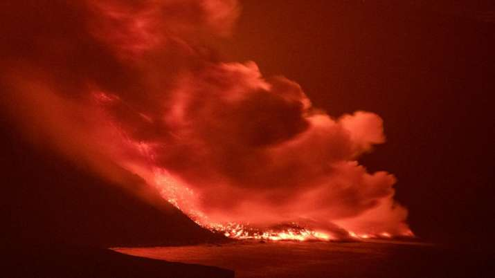 Lava, La Palma, lava eruption, lava eruption Atlantic, latest international news updates, toxic gase