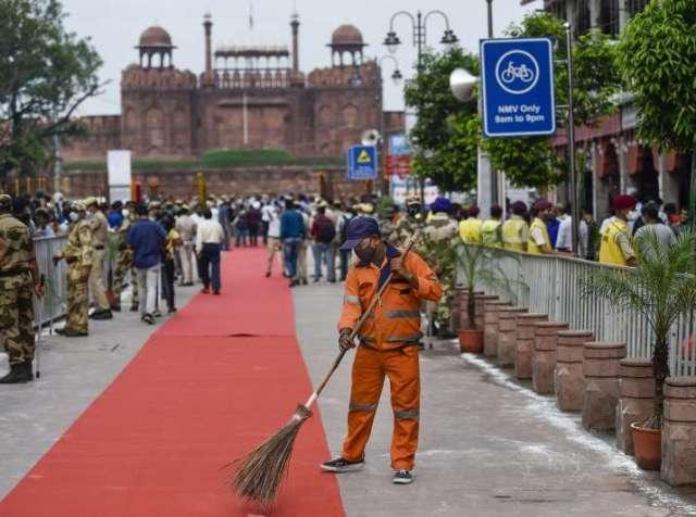 इंडिया टीवी - चांदनी चौक बाजार का नया रूप सामने, चांदनी चौक बाजार नया रूप नया नियम, चांदनी चौक लेट