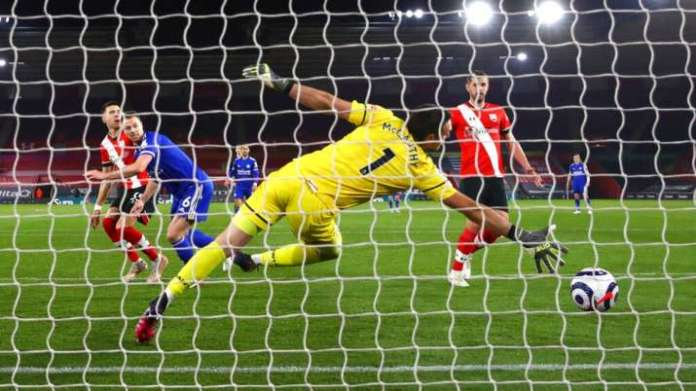 Premier League: Leicester City held to 1-1 draw by 10-man Southampton | Latest News Live | Find the all top headlines, breaking news for free online May 1, 2021