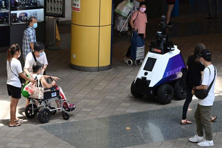 Los robots emiten alertas a los ciudadanos