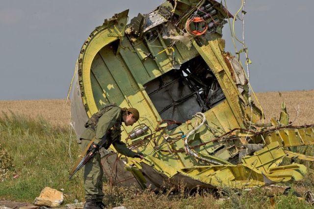 Identificaron a cuatro hombres como sospechosos del derribo del avión MH17
