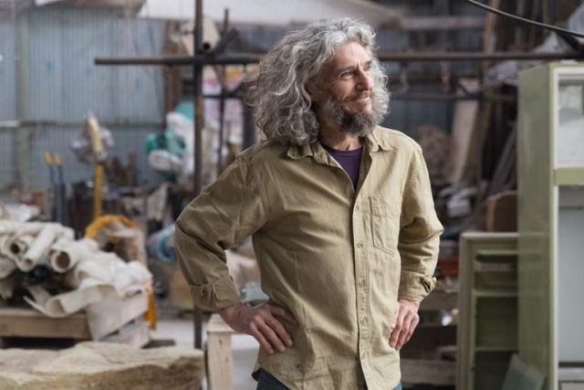 Federico Marchesi tiene un taller en Bariloche.