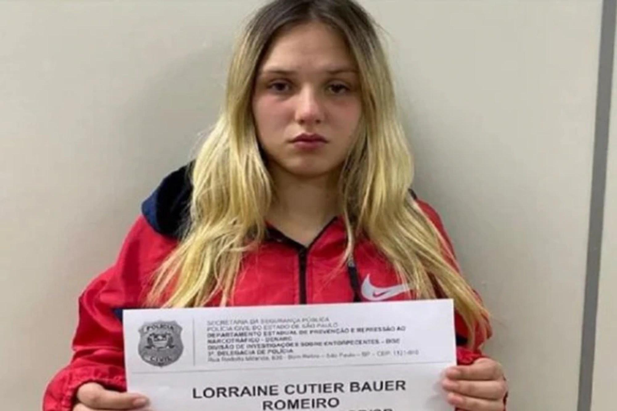 La joven asegura que es inocente a pesar de que la Policía tiene una filmación en la que se la ve vendiendo droga
