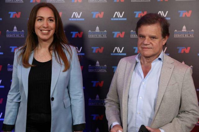 María Eugenia Vidal junto a Quique Sacco en la previa del debate de TN
