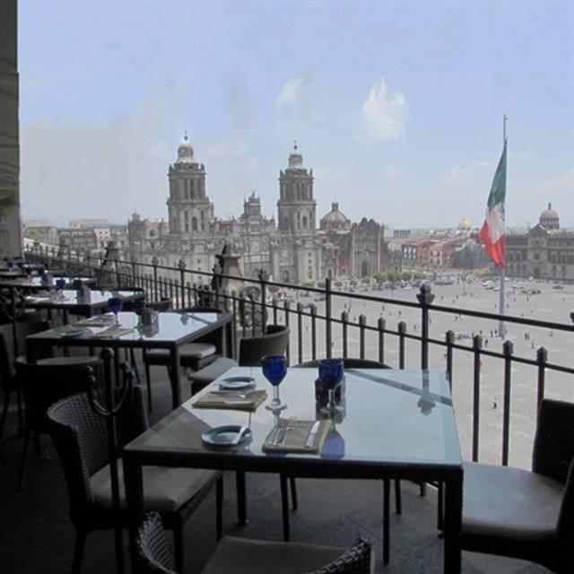 Resultado de imagen para la terraza hotel de la ciudad