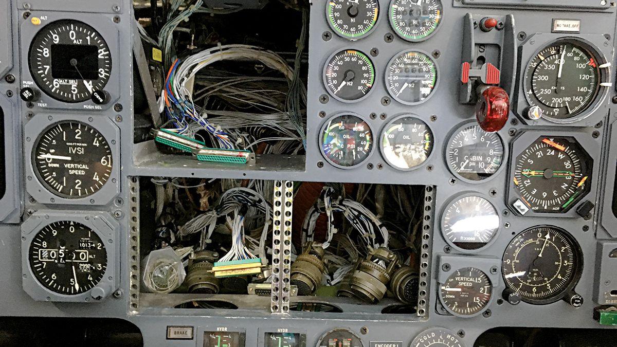 hight resolution of aircraft instrument wiring