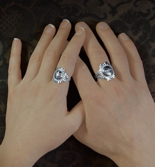 Renaissance banker's or witch's mirror rings with engraving of the constellation of Pegasus in solid silver, handcrafted