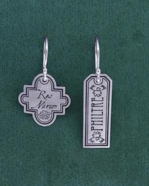"Earrings d'asymmetrical silver asymmetrical ""philter"" engraving of pharmacy vial labels handmade 