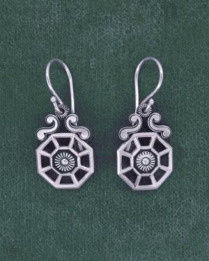 Small earrings d'earrings architectural spirit d'orangery old silver 925 | Res Mirum