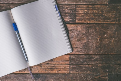 Why keep a commonplace book? It's easy to overlook information that interests us when we are overwhelmed by the volume of information we see every day.