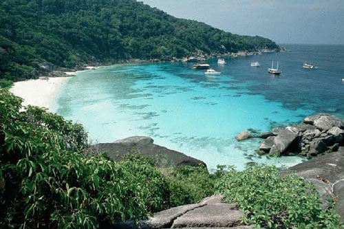 cheap travel phuket