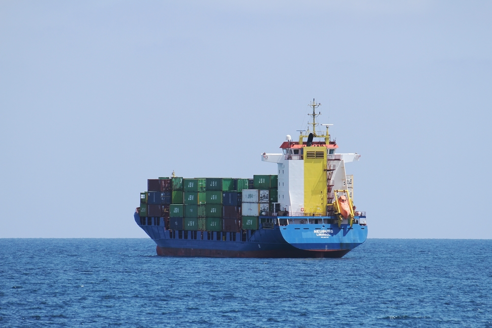 container ship / Lledo, Shutterstock
