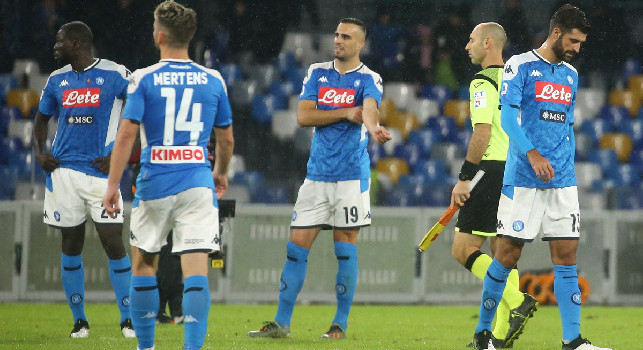 Gazzetta - Naples in free fall, a team overwhelmed by the disobedience of De Laurentiis: now the climate is really difficult