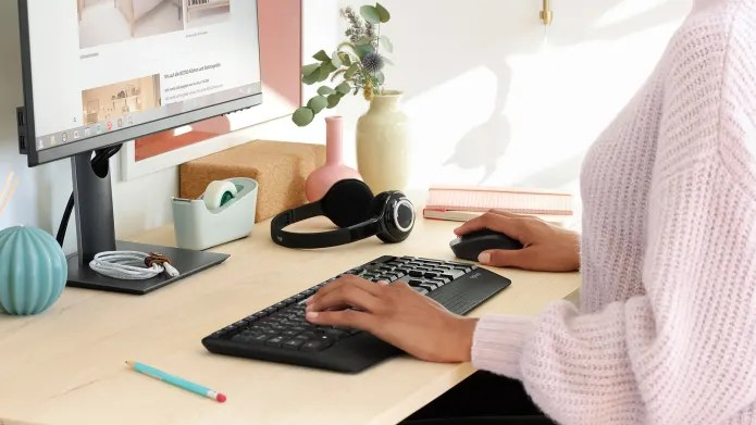 web browsing with wireless mouse and keyboard