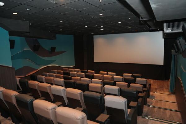 英皇娛樂行戲院 10 大亮點!中環睇戲有得揀 - ezone.hk - 科技焦點 - 數碼 - D171014