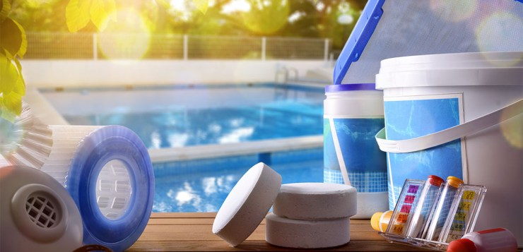 How to Use Cyanuric Acid in Your Pool