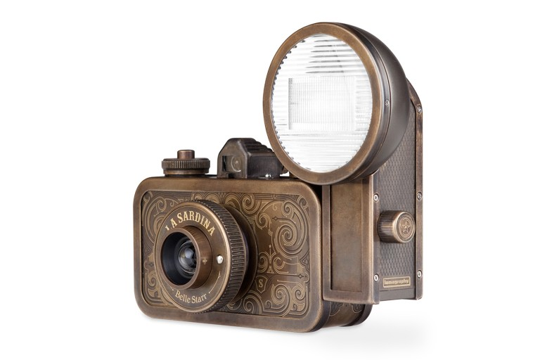 la-sardina-camera, lomography, flash-belle-starr