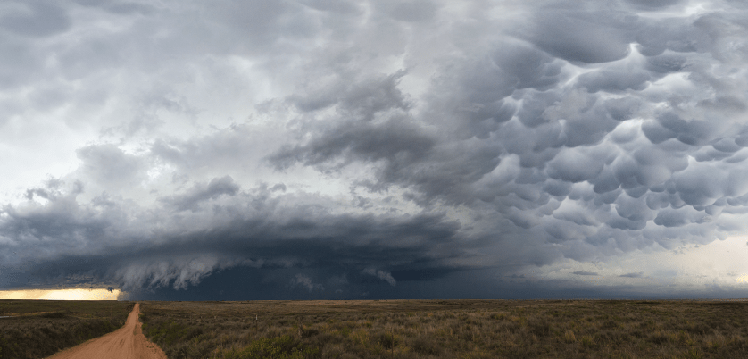 4-16-15-Shamrock-Supercell-Mammatus-Condensed