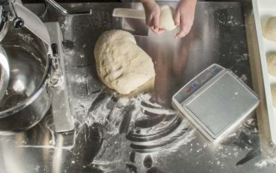 Pizza Mixers: Planetary Mixers vs. Spiral Mixers & What's Best for Pizza Dough