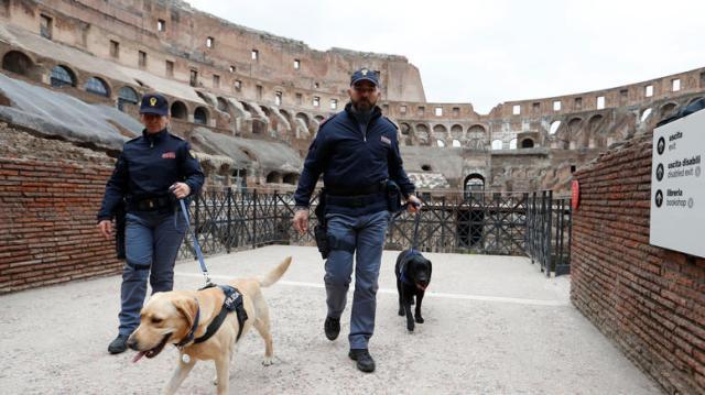 «Αστακός» η Ιταλία για το Πάσχα: Φόβος για τρομοκρατικό χτύπημα
