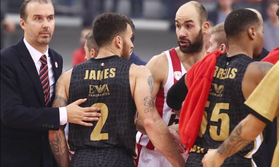 «Τα πήραν» με Τζέιμς στον Ολυμπιακό! (pics)
