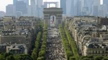 Paris' Champs-elysees Wide Street Long History