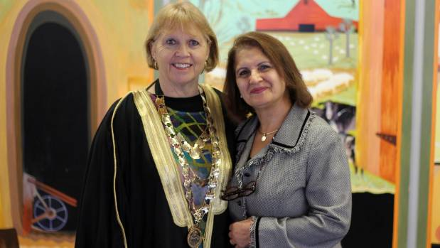 Thames-Coromandel District Mayor Sandra Goudie in the Syrian robe gifted by Emmi Rezk.