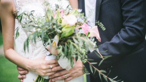 Q&A: How Much Money Is Appropriate To Give As A Wedding