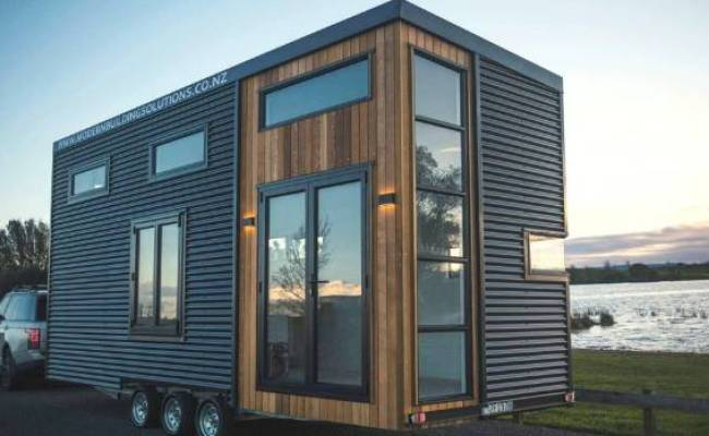 Tiny House On Wheels For Sale Racks Up 26 000 Hits And