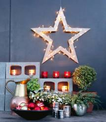 Diy Wooden Christmas Star Decorated With Fairy Lights