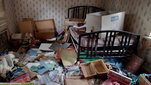 Hoarder with Diogenes syndrome refuses to throw out