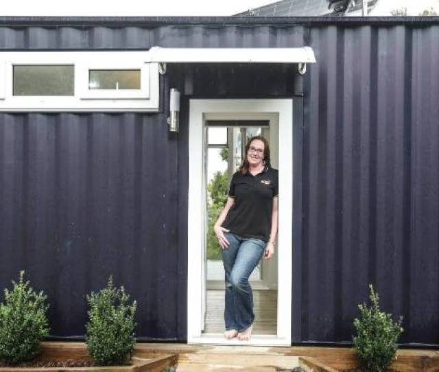 Brenda Kelly From Iq Container Homes Designed And Built The First 8 Homestar Container Home