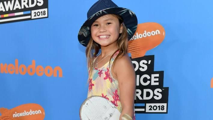 Le jeune skateur Sky Brown assiste aux 2018 'Choice Awards du Nickelodeon pour les enfants à Los Angeles.